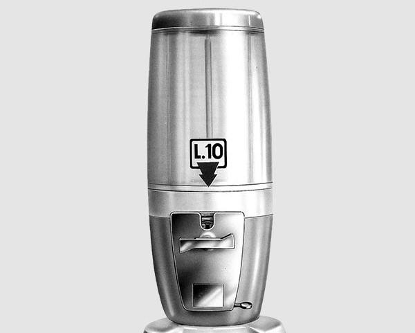 1960 – Automat na gumy do żucia